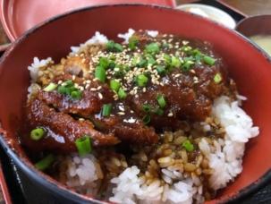 学食堂 味噌カツ丼